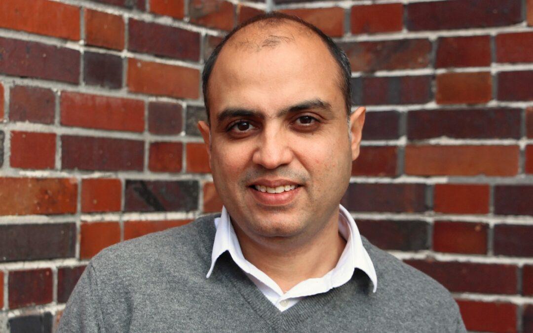 Vivek Kumar, Indien